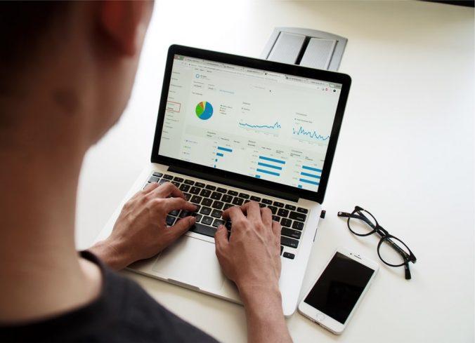 online financial information
